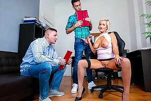 BUMS BUERO - Busty German blonde MILF fucks in MMF threesome at the office