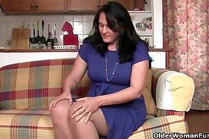 British mom in pantyhose fucks a dildo